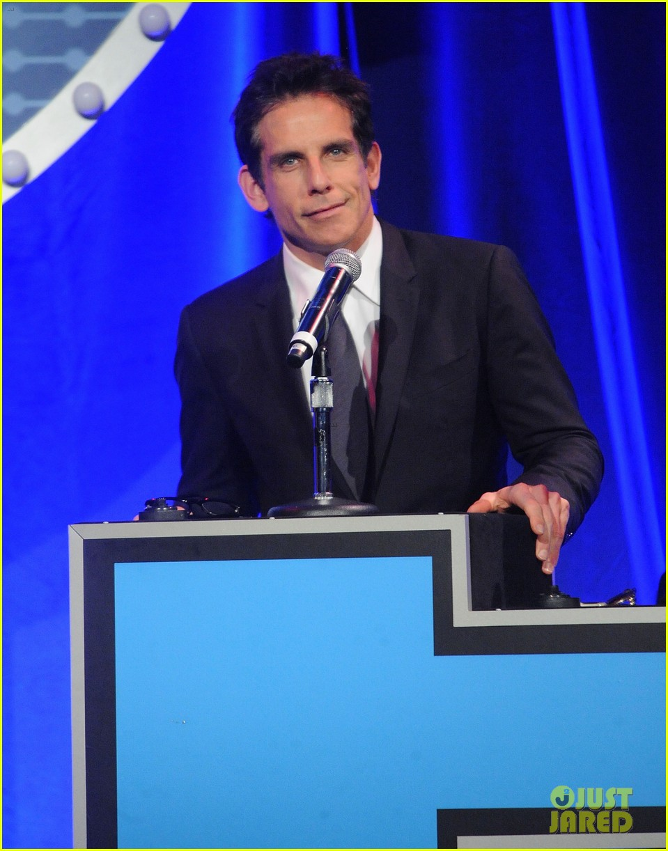 julianna margulies ben stiller show their support for project a l s 673494419