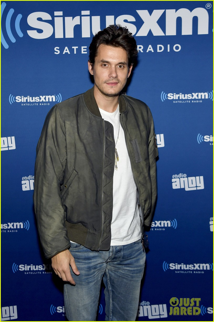 john mayer helps andy cohen celebrate siriusxm channel launch 043489278