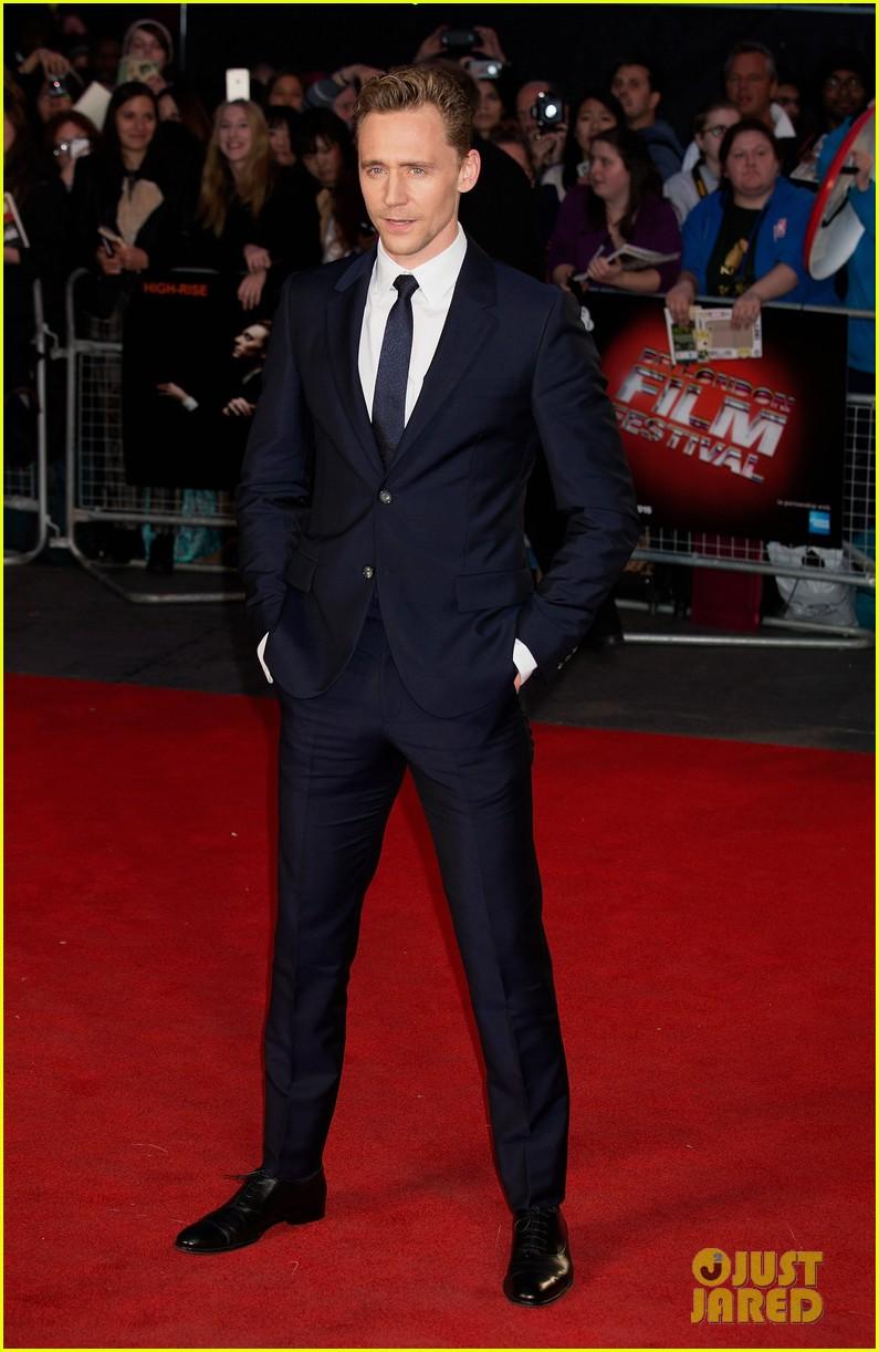 sienna miller tom hiddleston rise rise premiere 023480516