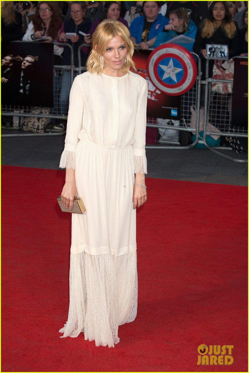 sienna miller tom hiddleston rise rise premiere 253480539