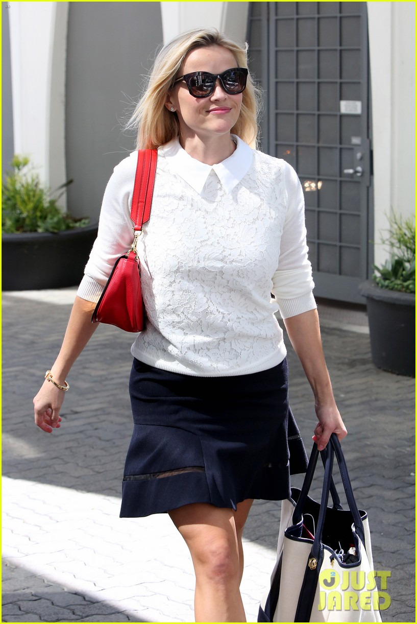 gwyneth paltrow reese witherspoon variety power of women 043480426