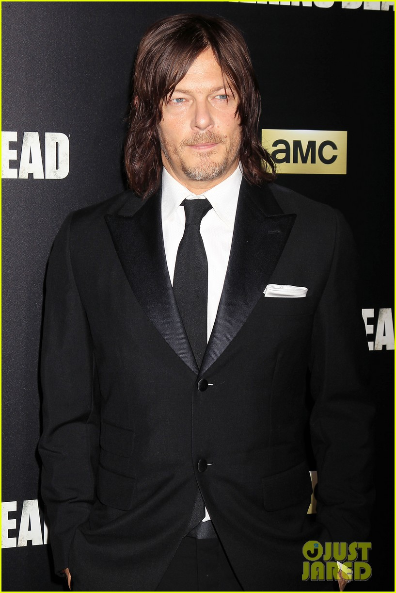 norman reedus makes epic entrance at walking dead premiere 313481142