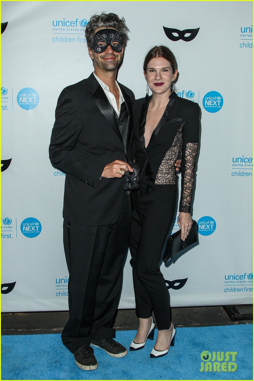 brittany snow annalynne mccord more unicef black white ball 093496647