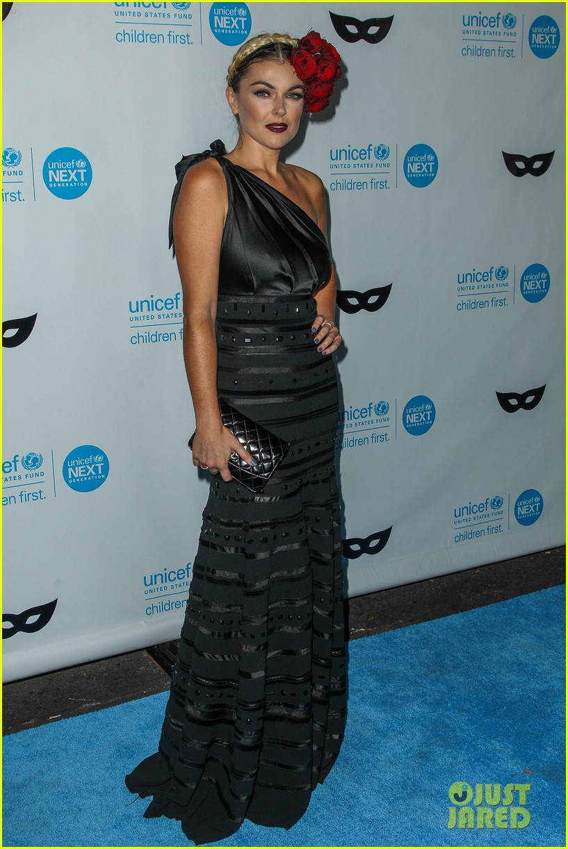 brittany snow annalynne mccord more unicef black white ball 113496649