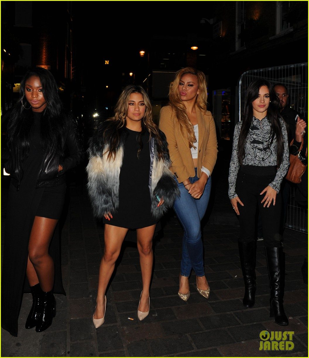 One direction fifth harmony meet up for fun in london photo one direction fifth harmony meet up for fun in london m4hsunfo