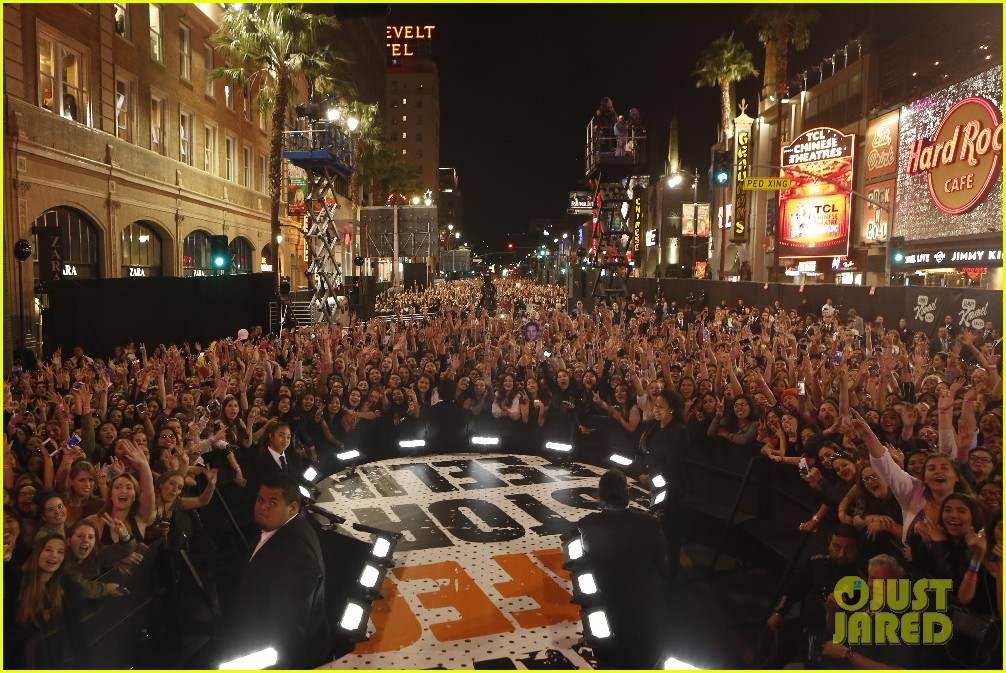 one direction shut down hollywood blvd kimmel performances interview 023512587
