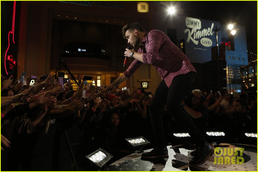 one direction shut down hollywood blvd kimmel performances interview 173512602