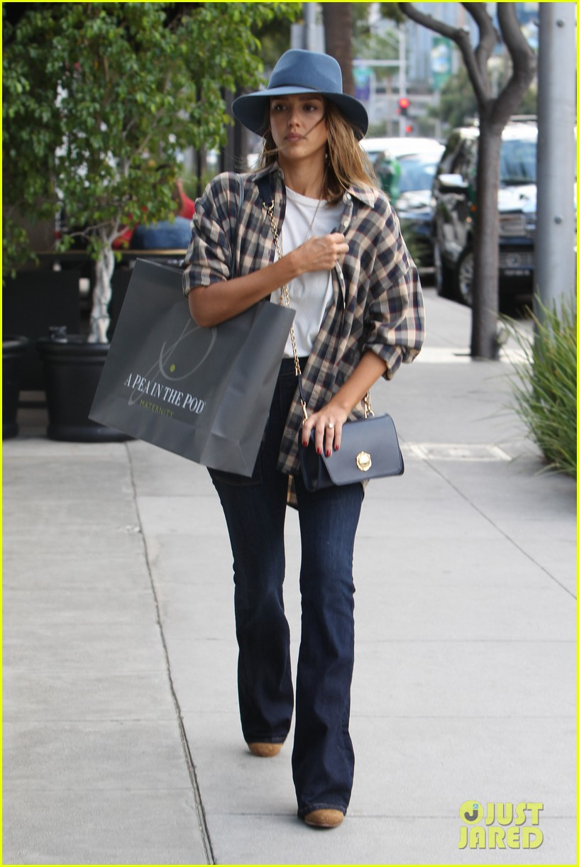 jessica alba says goodnight honor haven 043511808