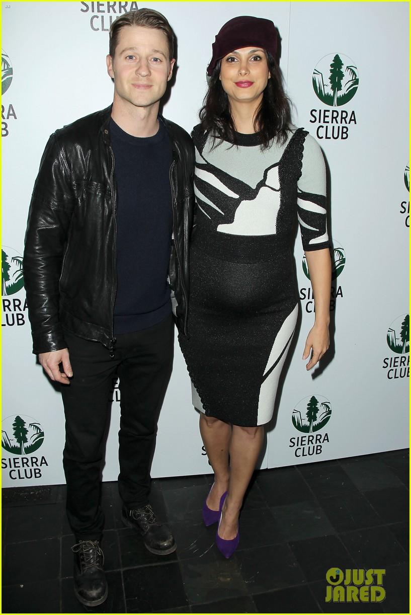 ben mckenzie morena baccarin pregnant appearance 013506385