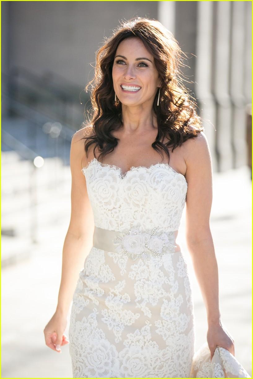 Laura Benanti Shares Her Super Romantic Wedding Photos!: Photo ...