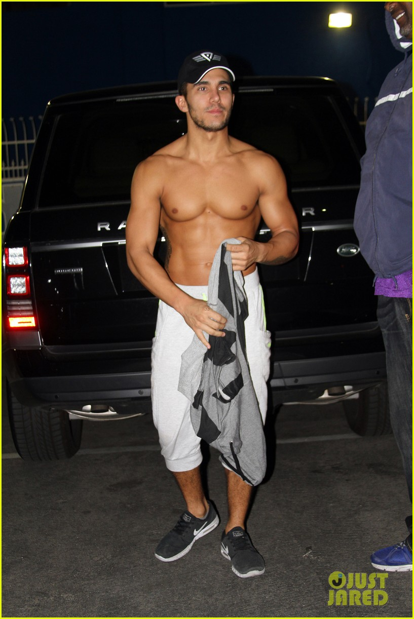 carlos penavega shirtless abs dwts studio 013509408