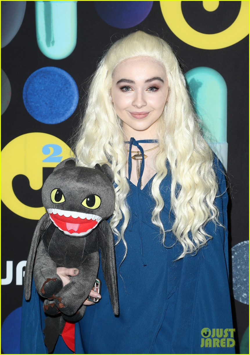 sofia carson just jared halloween party 073497194
