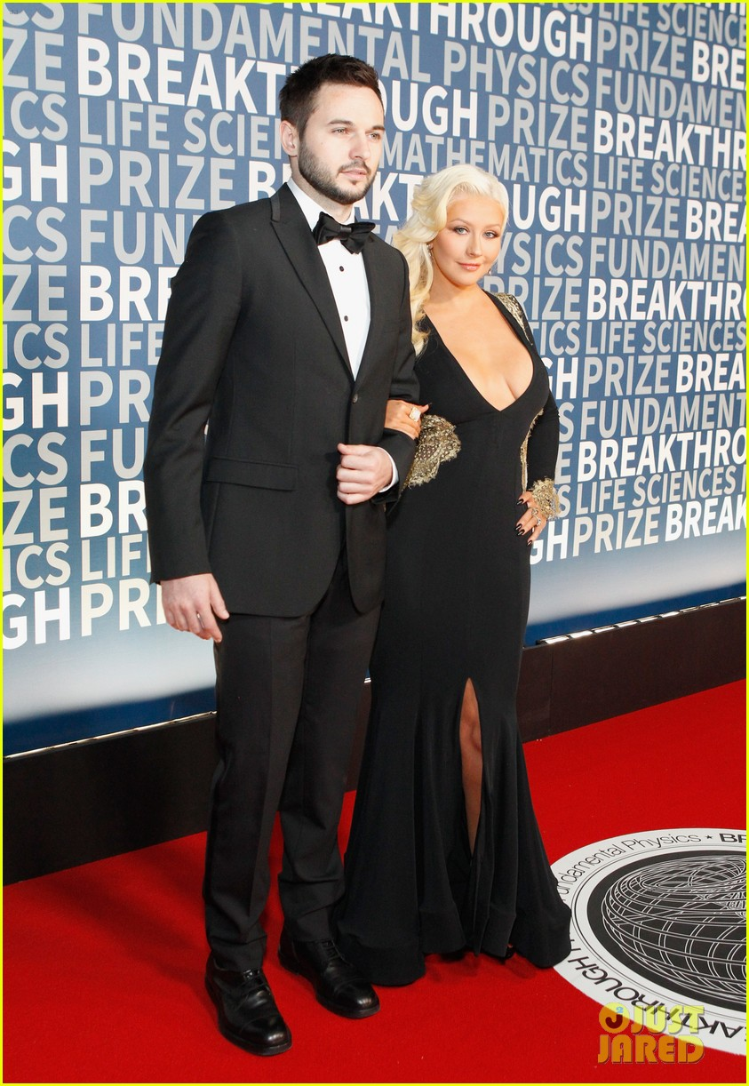 christina aguilera breakthrough prize ceremony 2015 123503540