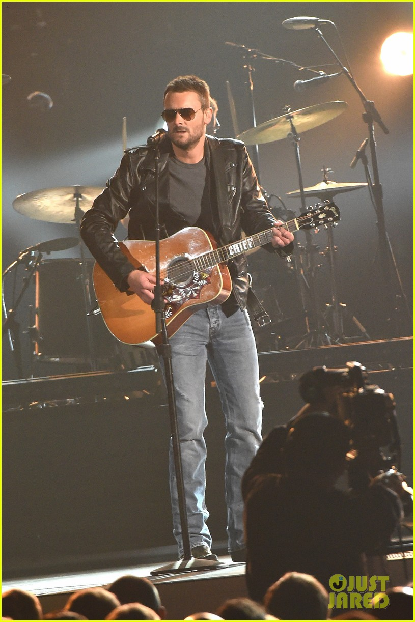 eric church drops surprise album 39 mr misunderstood 39 during cma awards 2015 photo 3500076. Black Bedroom Furniture Sets. Home Design Ideas