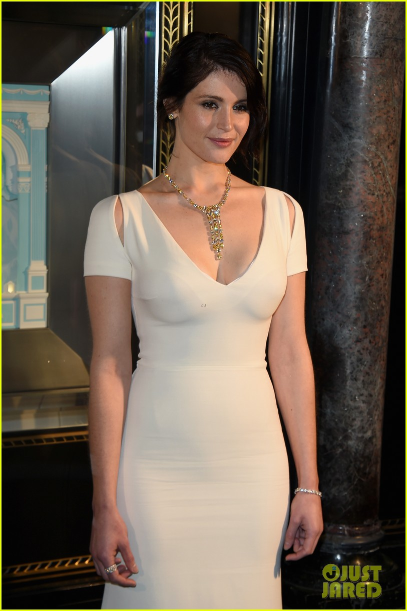 Gemma Arterton Dazzles At The 2015 Tiffany Amp Co Christmas