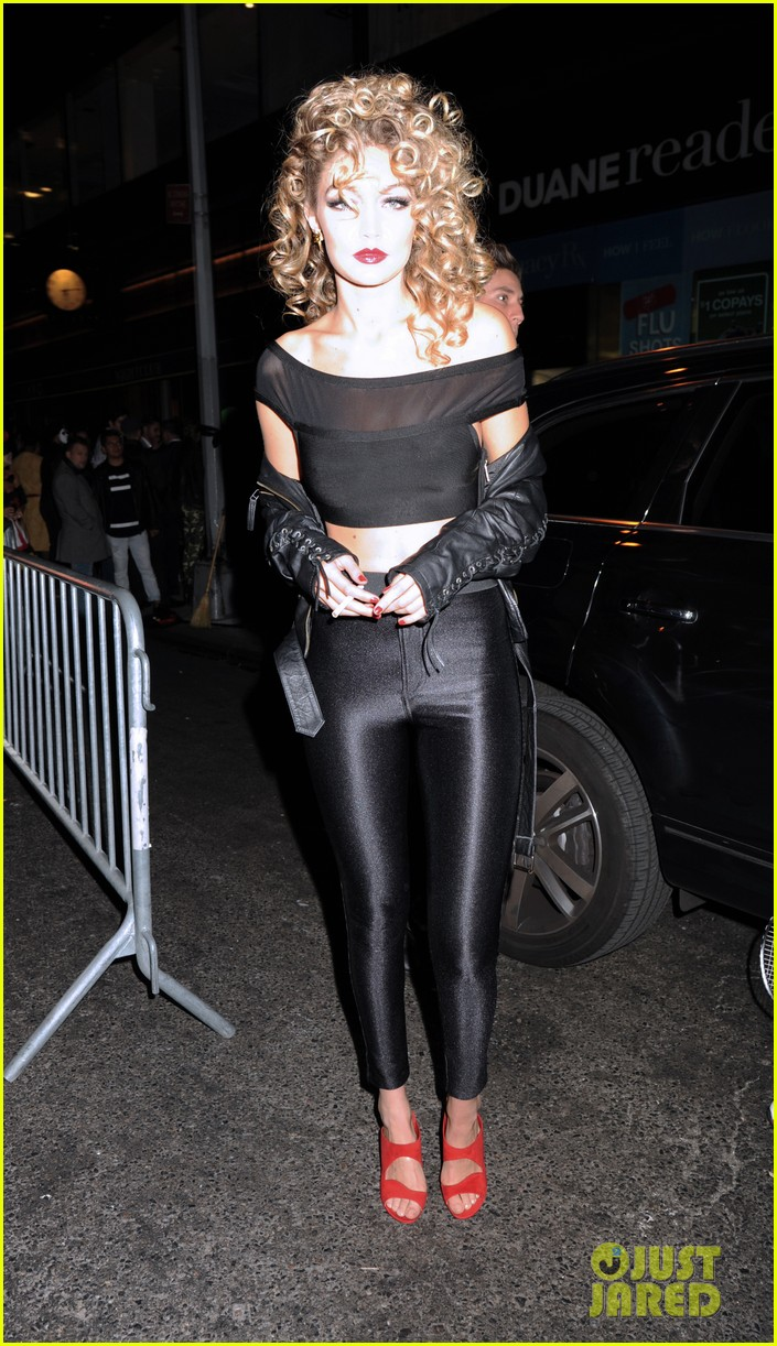 544d4e10c7c5b Gigi Hadid Channels Sandy From 'Grease' for Halloween 2015!: Photo ...