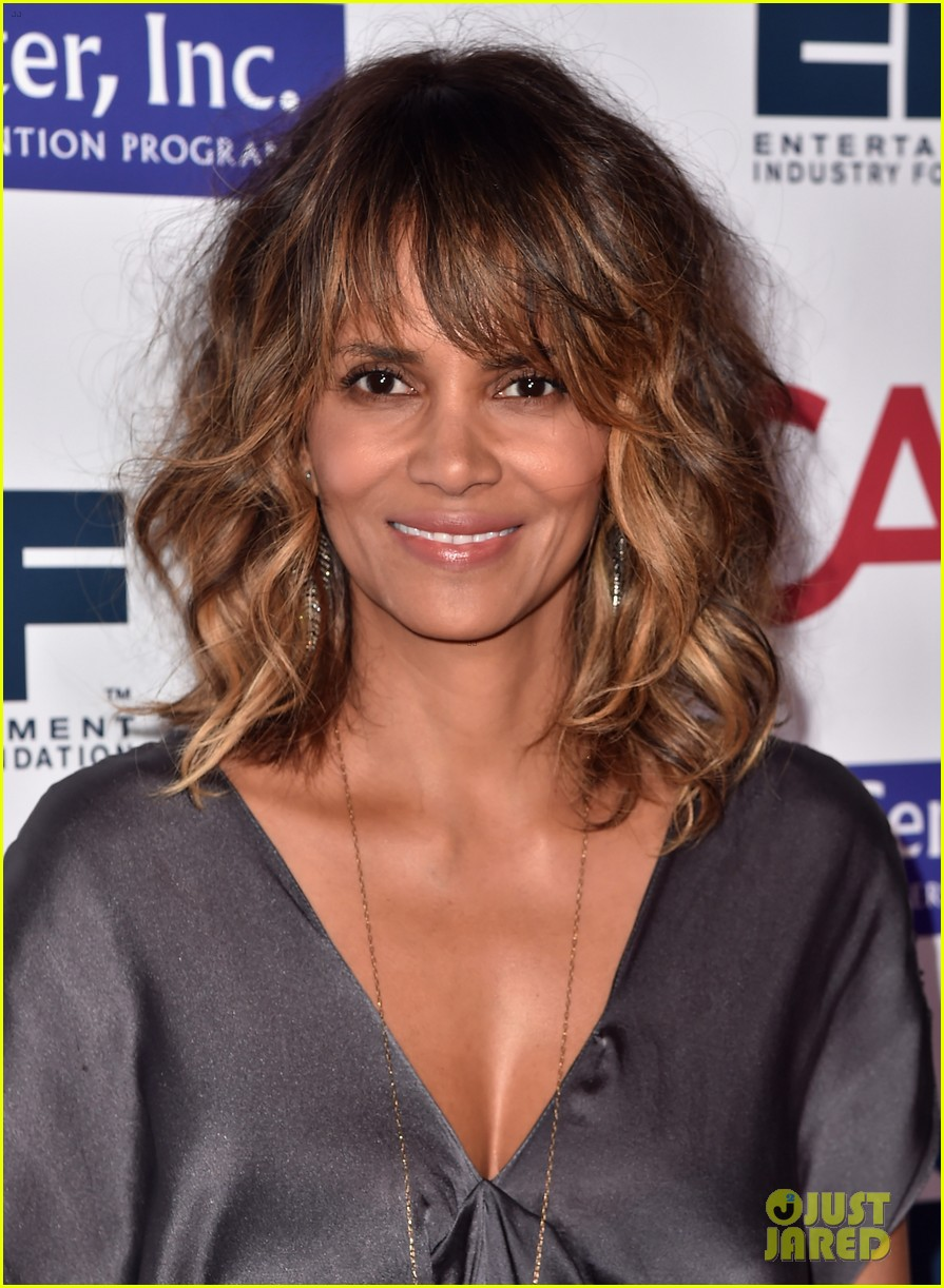 Twitter Halle Berry naked (69 photos), Sexy, Cleavage, Selfie, legs 2006
