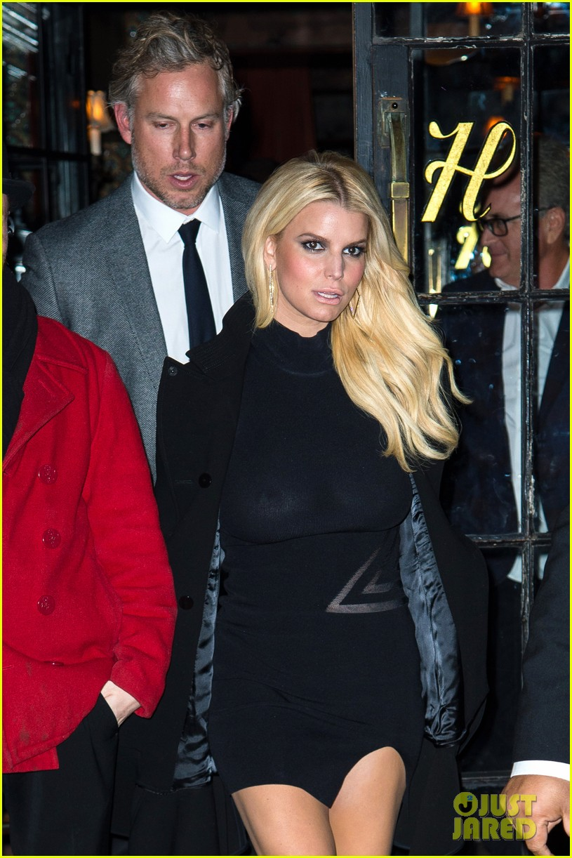 Actually dating jessica simpson