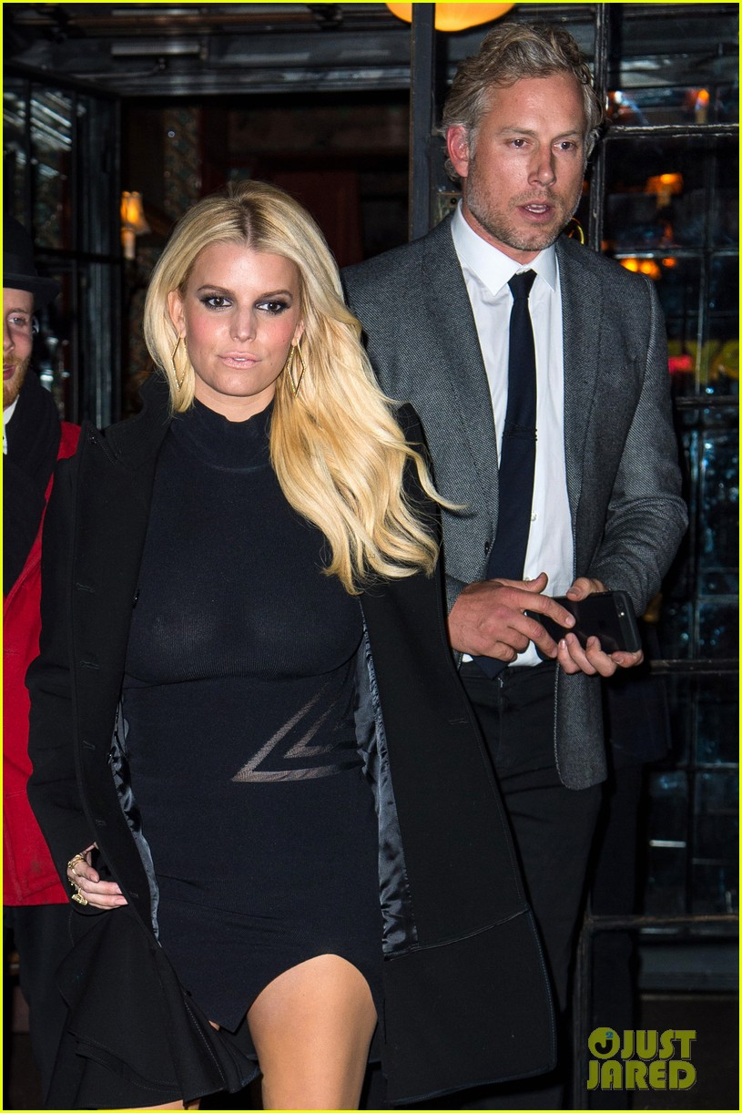 Who is Jessica Simpson Dating Her Boyfriend Husband and Relationships