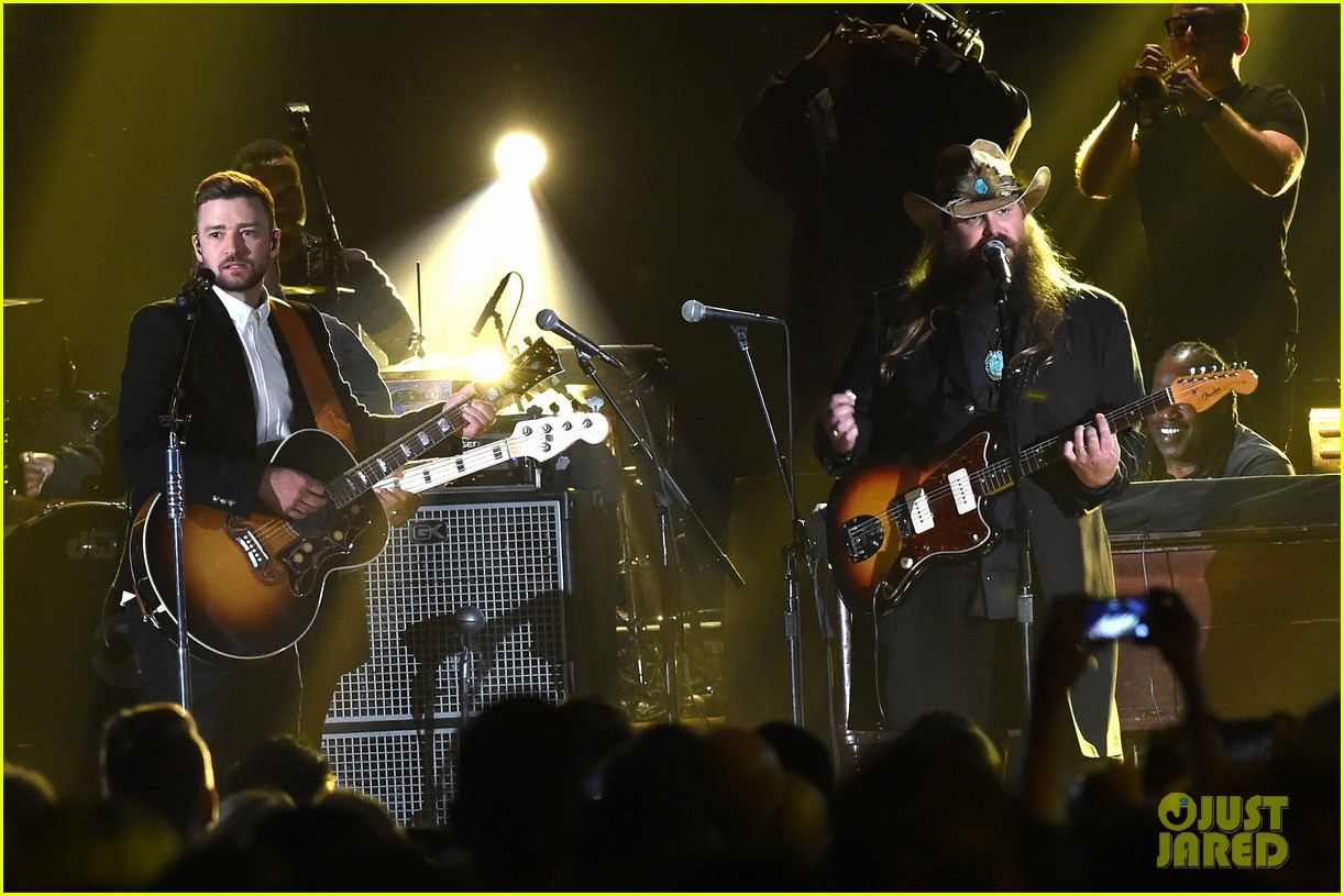 Justin timberlake performs 39 tennessee whiskey 39 39 drink for Justin timberlake chris stapleton drink you away