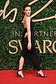 kate beckinsale slays on red carpet british fashion awards 08