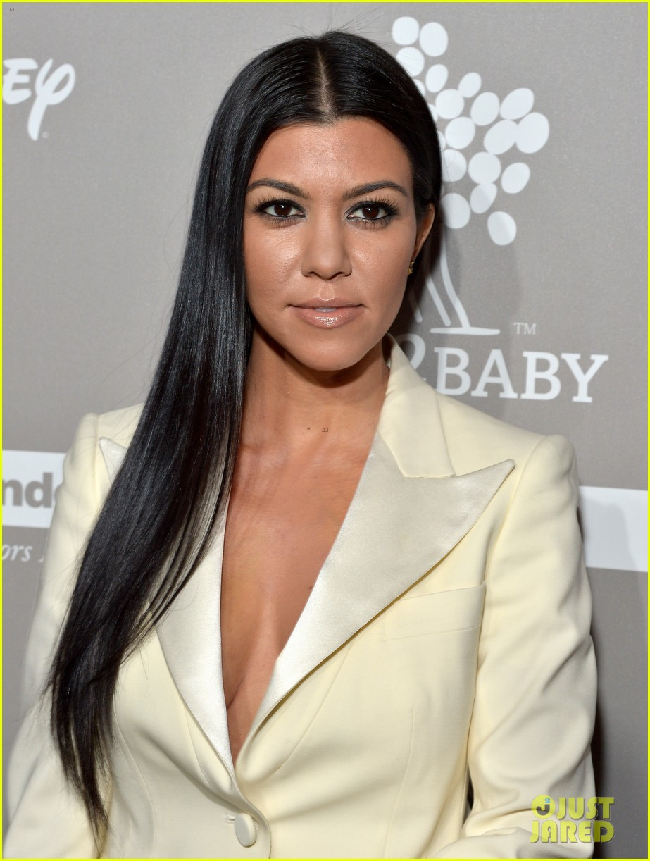 Pictures Kourtney Mary Kardashian nude photos 2019