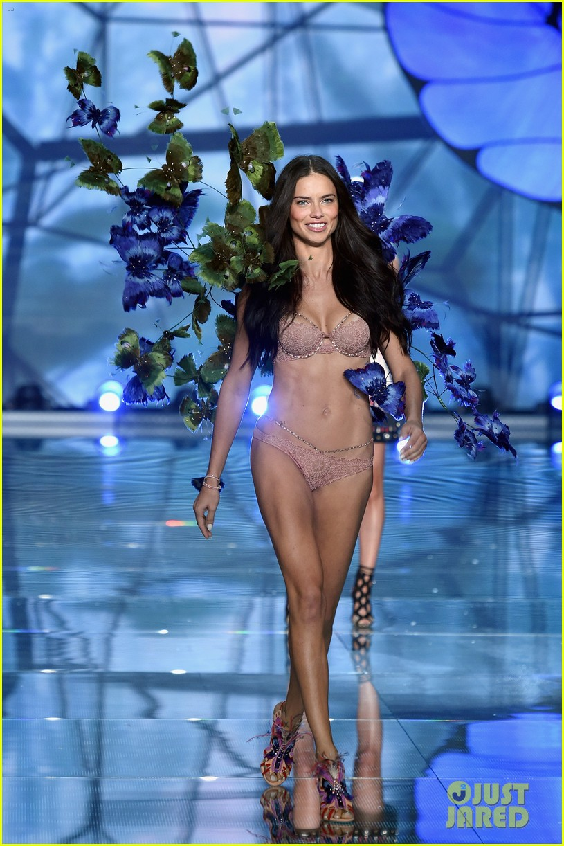 0b38ba7b53 Adriana Lima   Alessandra Ambrosio Walk the Victoria s Secret Fashion Show  2015