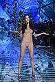 adriana lima alessandra ambrosio victorias secret fashion show 2015 21