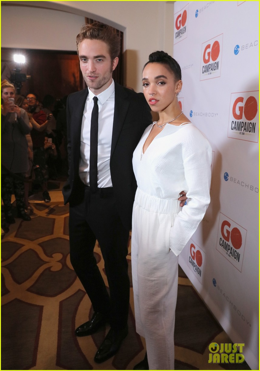 robert pattinson fka twigs have a date night with katy perry 053507353