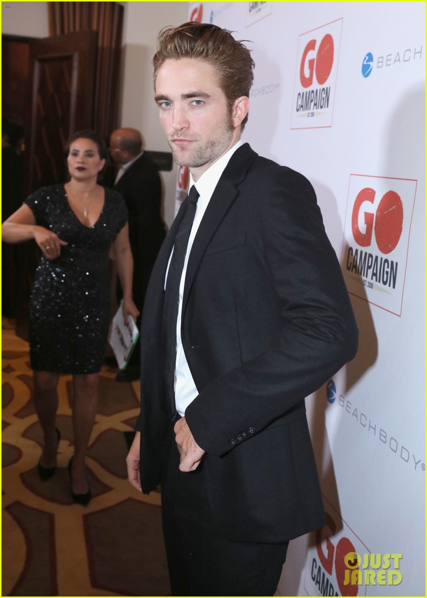 robert pattinson fka twigs have a date night with katy perry 073507355