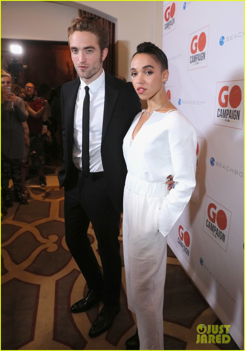 robert pattinson fka twigs have a date night with katy perry 123507360