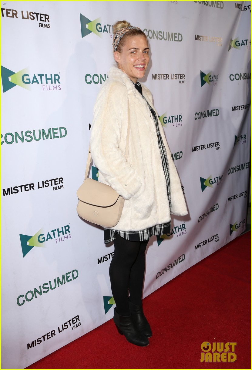 busy philipps grace gummer more support zoe lister jones at consumed 063506645