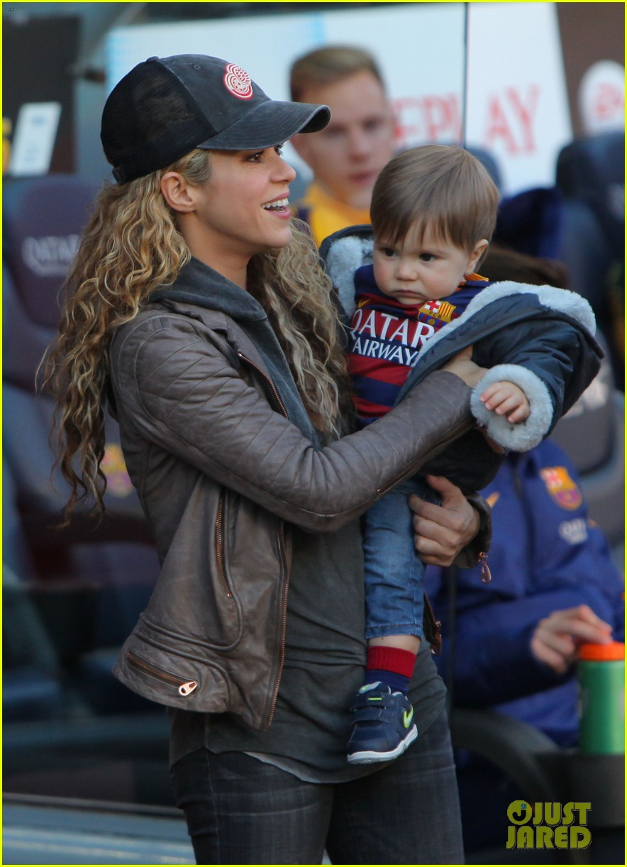 shakira supports gerard pique with their sons milan sasha 103518211