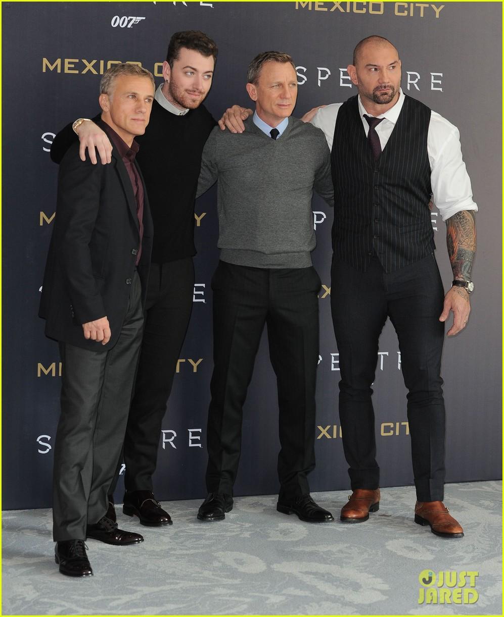 Sam Smith Joins Daniel Craig & 'Spectre' Cast At Mexico City