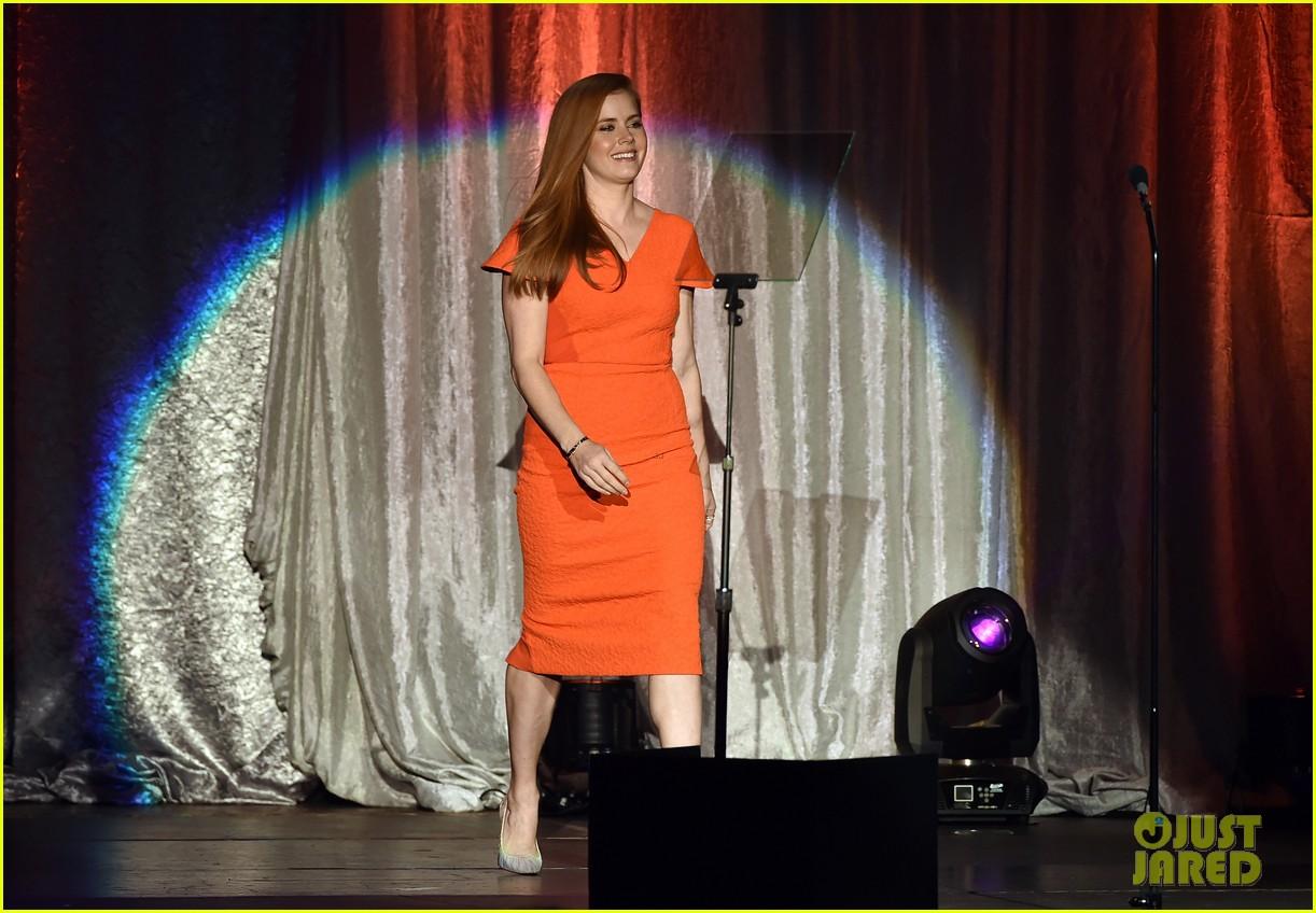 amy adams julia louis dreyfus serve as presenters at trevorlive l a 2015 443524384