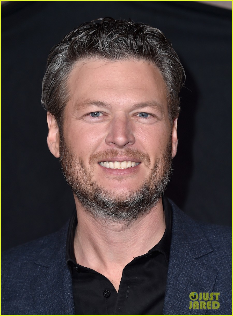 blake shelton gushed about gwen stefani 023519781