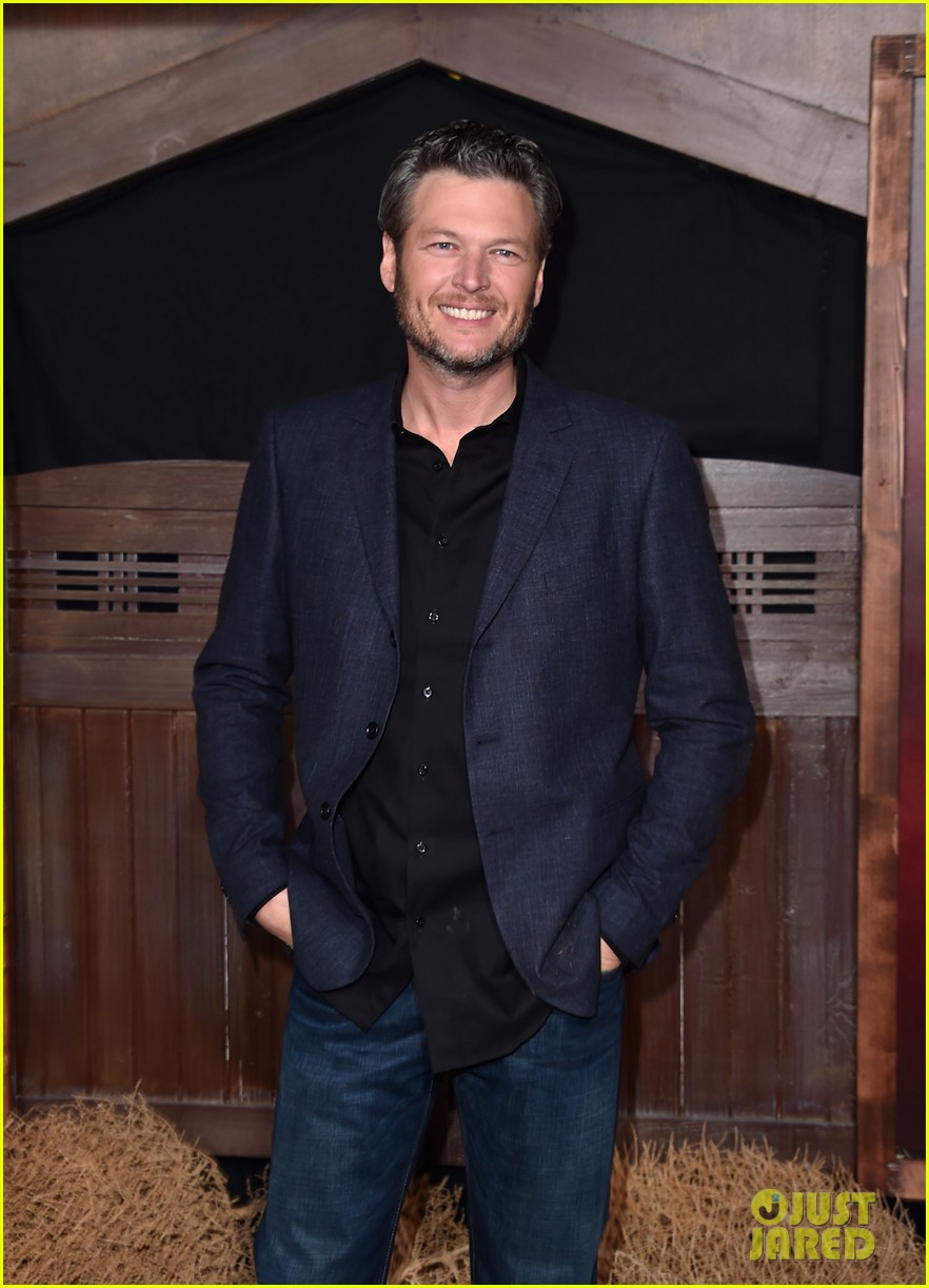 blake shelton gushed about gwen stefani 043519783