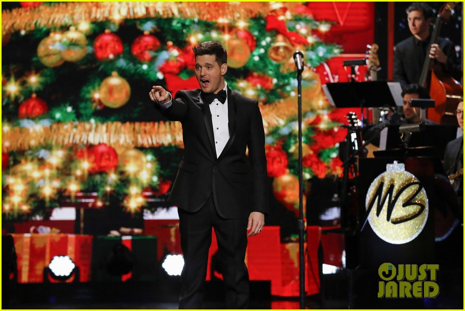 michael bubles christmas in hollywood special full performers celeb guests song list - Michael Buble Christmas Songs