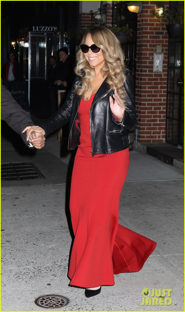 mariah carey glams up for her christmas show arrivals 033529385