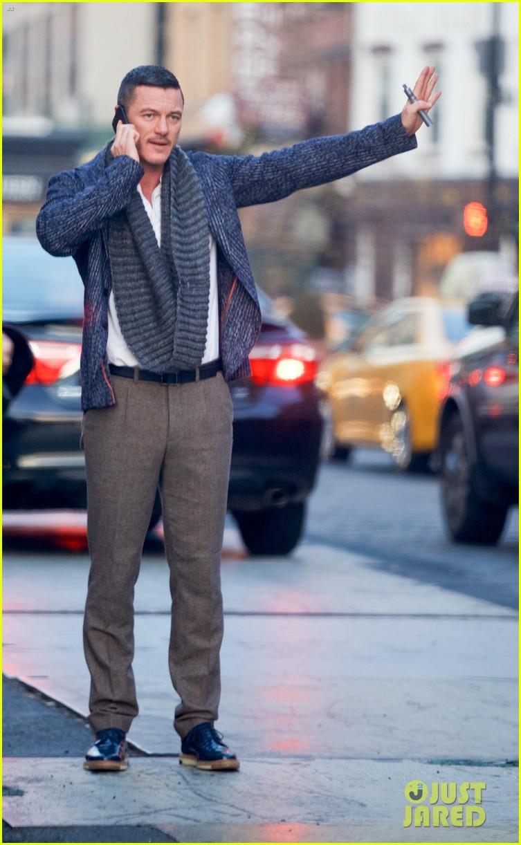 Luke Evans Is Having Fun Playing Tourist In New York City