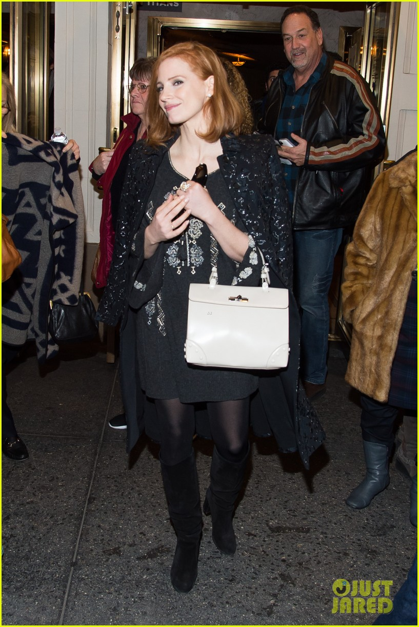 Jessica Chastain Looks All Ready for Christmas in New York!: Photo ...
