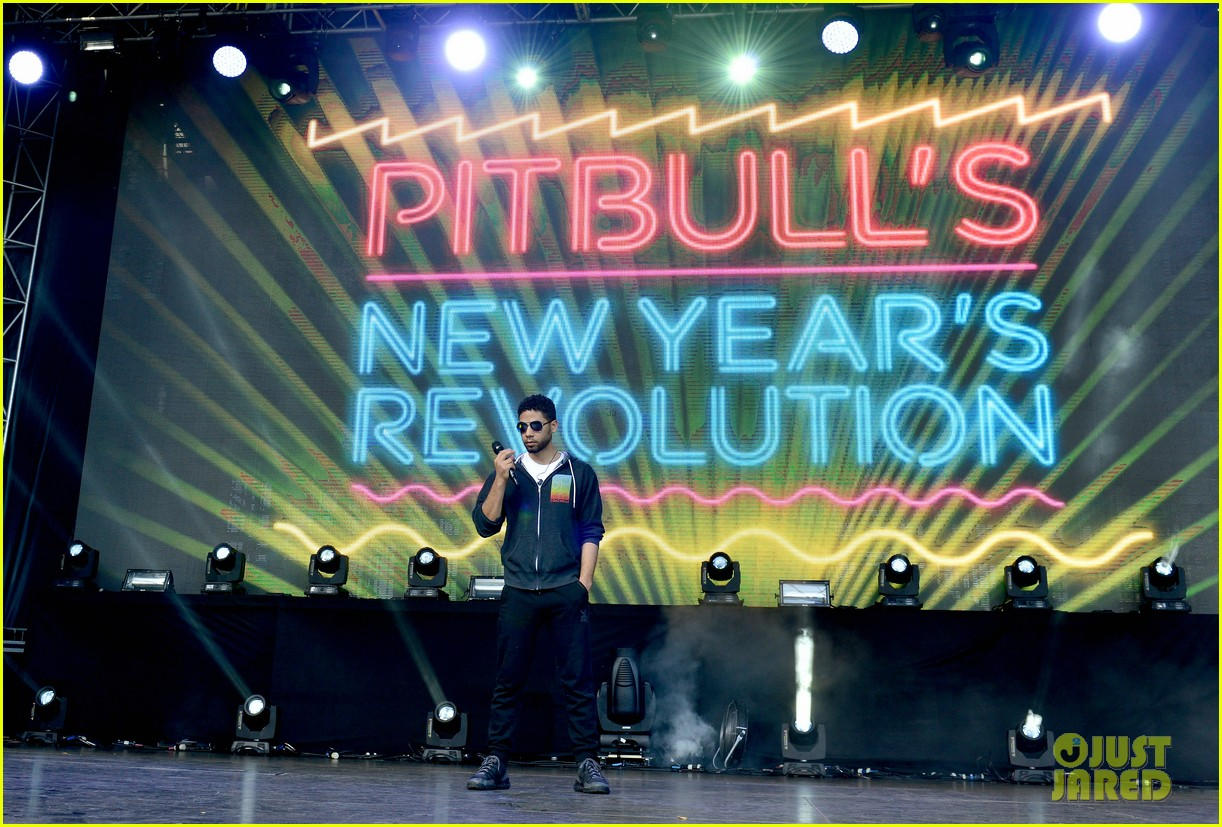 jussie smollet pitbull new years miami rehearsal 363540627