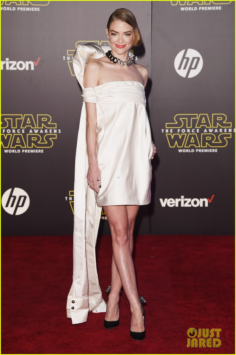 jaime king elizabeth banks star wars premiere 013531227