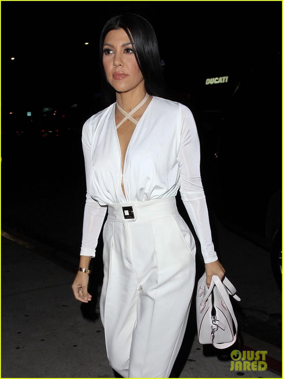 kourtney kardashian will model her relationship with scott disick 213529341