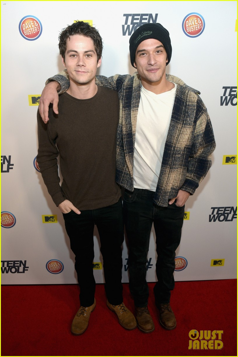 Dylan obrien tyler posey buddy up at teen wolf la premiere dylan obrien tyler posey buddy up at teen wolf la premiere party kristyandbryce Image collections