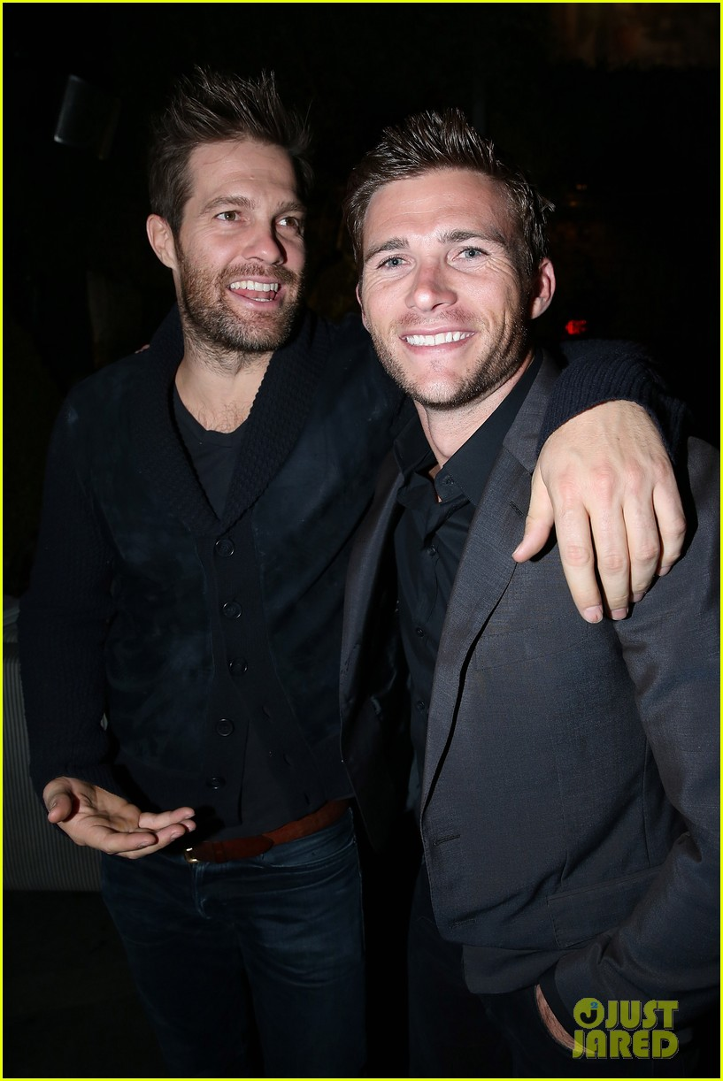 ryan phillippe scott eastwood are total studs at beauty book for brain 023522244
