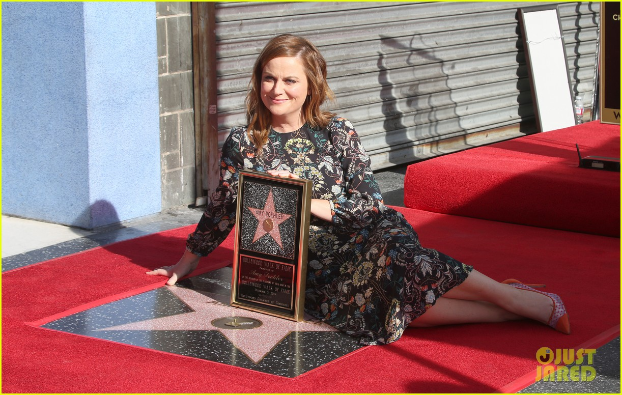Full Sized Photo of amy poehler receives her star on ...
