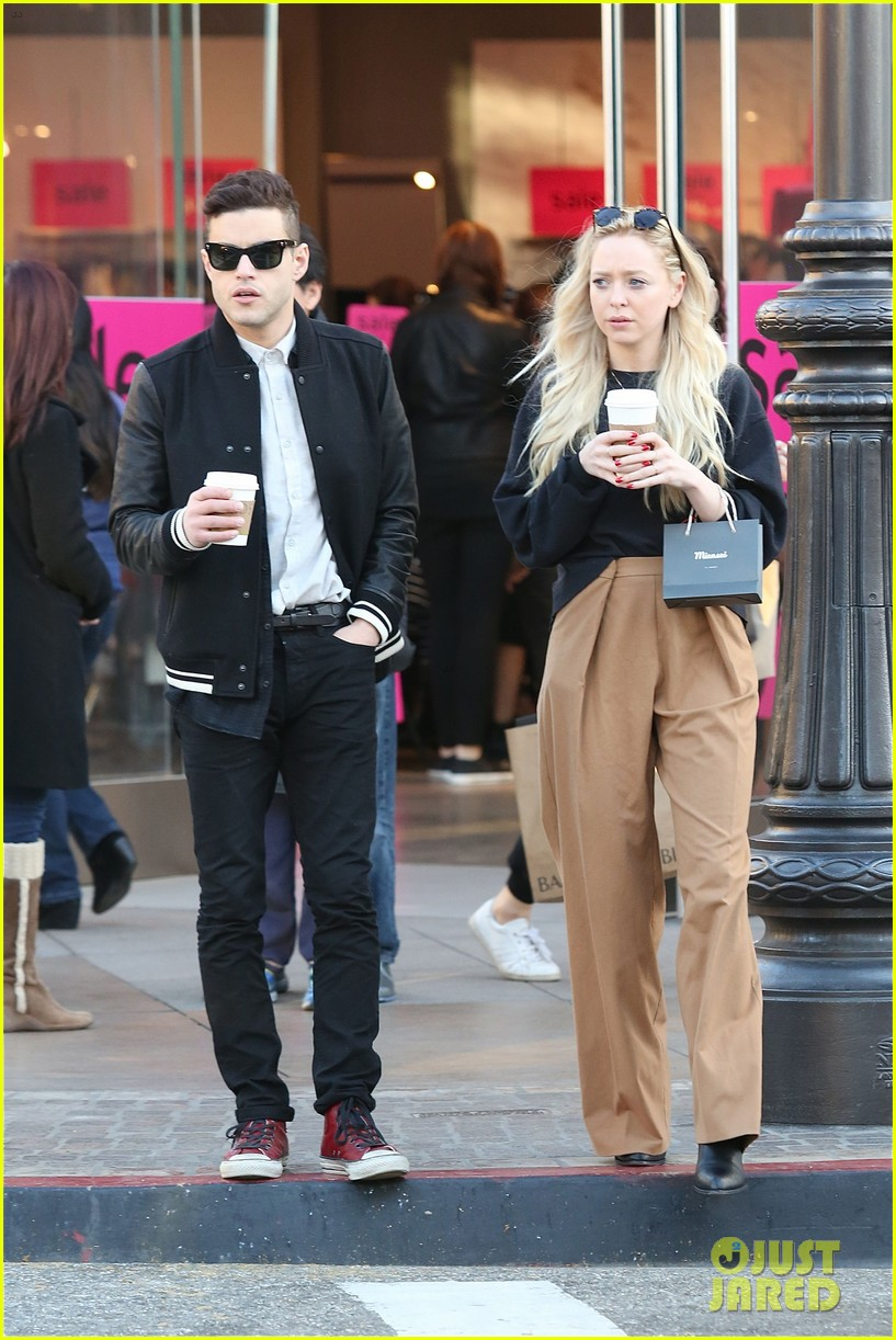 Rami Malek & Portia Doubleday Grab Christmas Eve Coffees