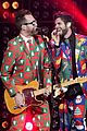 thomas rhetts concert outfit is a christmas explosion 03