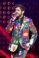 thomas rhetts concert outfit is a christmas explosion 15